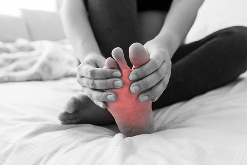 Here are some of the most common causes to chronic foot pain.